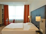FIVE SEASONS A1 Hotel - Zimmer